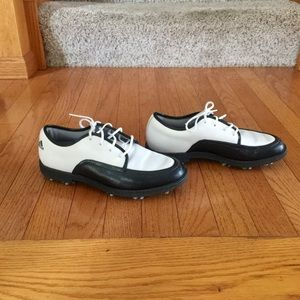 adidas Shoes - Women's Adidas golf shoes